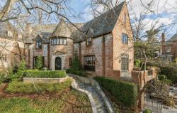 Big mansion in Kalorama Heights neighborhood in Washington DC